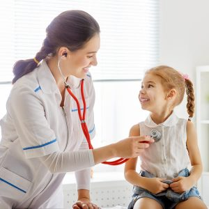 doctor-with-child